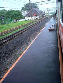 Peron Stasiun Tigaraksa
